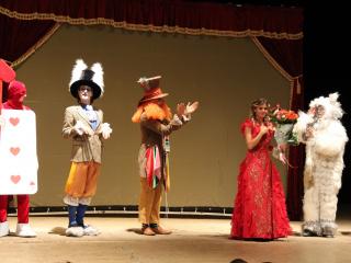 спектакль Песочная сказка «Алиса в стране чудес» в Львове - 5